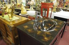 Mr Magoo S Inc Is A Merchant At The Festival Flea Market Mall In Pompano Beach Florida Has Huge Location With Tons Of Home Decor And