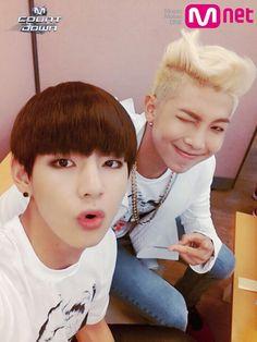 BTS V & RapMonster haha! V cut his bangs accidentally while filming danger! Jimin Jungkook, Bts Bangtan Boy, Namjoon, Bts Taehyung, Super Junior, World 2020, Bts Rap Monster, About Bts, I Love Bts