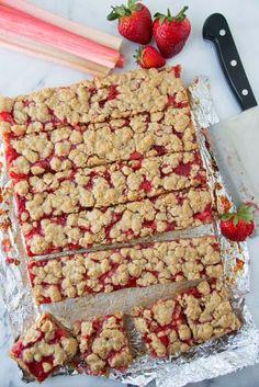 Strawberry Rhubarb Oatmeal Bars