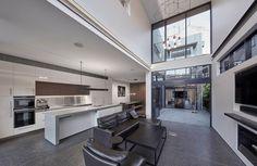 0 4003 Sleek Concrete™ - POC+P Architects
