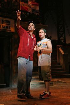 Lin-Manuel Miranda as Usnavi and Robin de Jesus as Sonny in In the Heights. Musical Theatre Broadway, Broadway Shows, Theatre Geek, Theatre Quotes, Next To Normal, Hamilton Lin Manuel Miranda, Robin, The Great White, Dear Evan Hansen