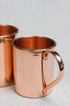 Small Copper Mug Copper Kitchen Accents, Copper Kitchen Accessories, Copper Accents, Copper Moscow Mule Mugs, Copper Mugs, Cooper Kitchen, Rose Gold Theme, Copper Utensils, Weird Gifts