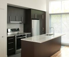 Bayfield door natural maple available through rashotte for Chocolate pear kitchen cabinets