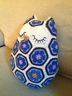 No Free Pattern. You Can Pattern. Crocheted Owl Pillow.