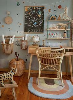 Couch, Vintage Stil, Wands, Children, Decor, Profile, Apartment Interior, Small Condo, Little Kitchen