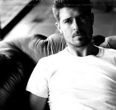 robin thicke - hot, talented, and real - I love this guy!