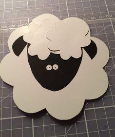 Easter lamb paper