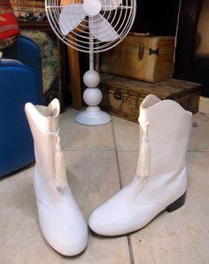 Majorette Boots;