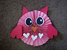 Owl made out of construction paper