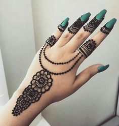Finding the best Arabic Mehndi Designs - Check out the latest collection of Arabic Mehendi design images and photos for this year. Arabic mehndi designs easy are the most beautiful designs that are in demand. Here Are the Best 25 Arabic Mehndi Design. Henna Hand Designs, Eid Mehndi Designs, Best Arabic Mehndi Designs, Mehndi Designs Finger, Stylish Mehndi Designs, Mehndi Designs For Beginners, Bridal Henna Designs, Mehndi Designs For Girls, Mehndi Design Photos