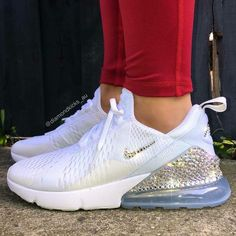 Cute Nike Shoes, Nike Air Shoes, Cute Sneakers, Nike Tennis Shoes, Girls Basketball Shoes, Jordan Shoes Girls, Girls Shoes, Nike Airmax 90, Nike Free Run