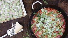 Dovolená na talíři: Nadýchané domácí noky s rajčatovou omáčkou - Proženy