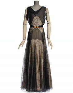 Madeleine Vionnet, Evening dress, summer 1931, collection Les Arts Décoratifs, U.F.A.C