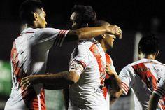 River goleó a Sarmiento 4-1 en Junín en la noche en que Teo Gutiérrez volvió a festejar  River festejó en Junín.         Foto:FotoBAIRES