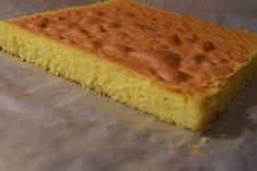 Παντεσπάνι με γεύση βανίλια! Εύκολο στην παρασκευή του! Τεχνικές για να πετύχετε ολόισιο παντεσπάνι χωρίς να φουσκώνει στο κέντρο μόνο! evicita.gr Greek Desserts, Greek Recipes, Bread Cake, Cake Pops, Cornbread, Cheesecake, Vanilla, Pie, Ice Cream