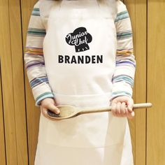 You can personalise this apron with a name up to 12 characters long.