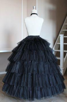 Petticoat (sottogonna) per abiti vittoriani del 1860. Permette di nascondere il segno dei cerchi della crinolina sottostante e dona volume ed una