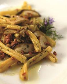 Pasta con salsiccia e porcini | La Cucina Sarda