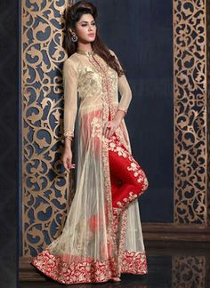 Attract compliments by this cream and red banarasi silk and net designer salwar kameez. This beautiful attire is displaying some remarkable embroidery done with embroidered, patch border and zari work. Pakistani Bridal Dresses, Indian Dresses, Indian Outfits, Pakistani Suits, Sleeves Designs For Dresses, Indian Party Wear, Sari, Party Wear Dresses, Kurta Designs