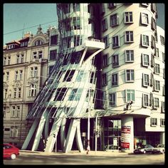 The Dancing House or Fred and Ginger is the nickname given to the Nationale-Nederlanden building in Prague, Czech Republic, at Rašínovo nábřeží. (source: statigram, author: fkysmile) #architecture #building