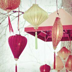 lanterns. ~ the off-white & the awesome dark pink lanterns (➕...)