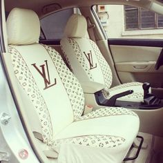 Only Louis Vuitton‼️ Wanna see more? Follow me Pinterest : @theylovecyn_