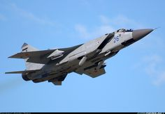 Mikoyan-Gurevich MiG-31 aircraft picture