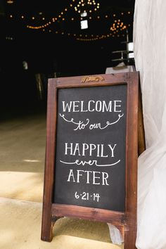 Welcome to our happily ever after. Bowling Green KY, Nashville TN, and Beyond Wedding Photography ~ Sur La Lune is back!