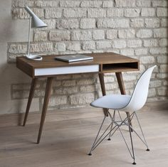 Top 10 – contemporary home desks; be comfortable, creative and inspired
