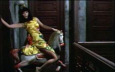 山口小夜子(Sayoko Yamaguchi)「上海異人娼館」(1981) : 夜ごとの美女