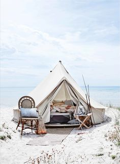 RV And Camping. Great Ideas To Think About Before Your Camping Trip. For many, camping provides a relaxing way to reconnect with the natural world. If camping is something that you want to do, then you need to have some idea Best Tents For Camping, Cool Tents, Camping Glamping, Beach Camping, Family Camping, Camping Hacks, Outdoor Camping, Camping Gear, Camping Outdoors