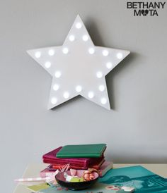 Marquee Star Wall Light - Aéropostale®