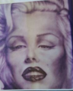 Marylin by Travis