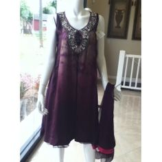 Bb04c - Nickie Nina Plum outfit - really nice trendy dress for party