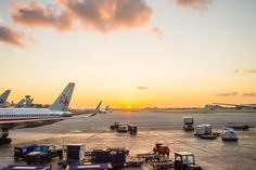 ITAP of a Sunrise at the Airport http://ift.tt/2iIfRSm