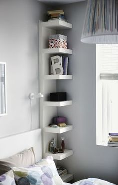 Bedroom Storage Ideas - small bedroom design ideas and home staging tips for small rooms Maximize Small Space, Small Space Solutions, Create Space, Wall Shelf Unit, Narrow Shelves, Floating Shelves, Shallow Shelves, Floating Wall, Small Bookshelf