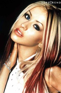 Christina Aguilera Fashion Make Up Hair Hairstyles