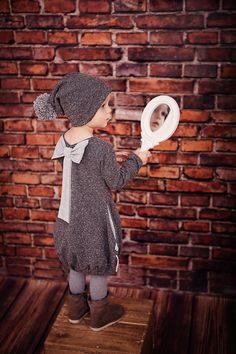 Lady Mouse Dress :) Winter Hats, Lady, House, Dresses, Princesses, Vestidos, Home, Dress, Homes