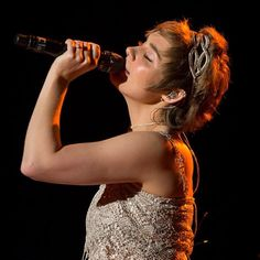 """Clare Bowen from TV show Nashville in Pink Pewter hair jewelry style """"Jessica"""""""