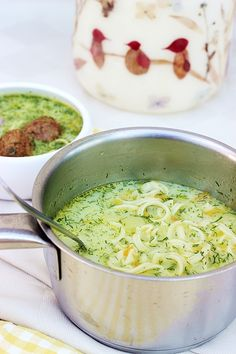 Guacamole, Food And Drink, Soup, Ethnic Recipes, Cauldron, Soups