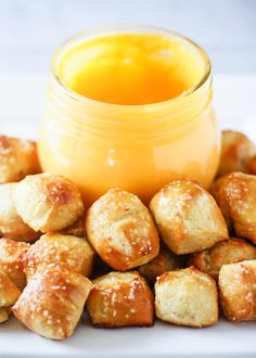 Easy homemade pretzel bites brushed with melted butter and sea salt. This easy pretzel recipe makes the perfect appetizer or snack! Always a big crowd pleaser and gone in minutes! Game Day Appetizers, Appetizer Recipes, Peach Syrup, Homemade Pretzels, Creole Recipes, Big Crowd, Pretzel Bites, Clean Eating Snacks, Melted Butter