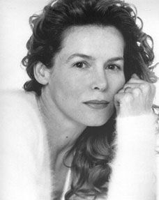 Famous South Africans - Alice Krige. Born Alice Maud Krige in 1954 in Upington, Northern Cape, South Africa. She is well-known for her role as the Borg Queen in Star Trek: First Contact. She also reprised the role for the final episode of Star Trek: Voyager. Alice Krige left South Africa in 1976 and moved to London in the United Kingdom.