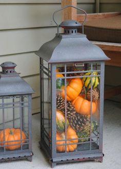 Dekorative Laterne-mit Metalldeckel-grau Kürbis-Herbst Dekoideen