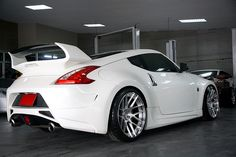Nissan 370z - BC FORGED HB-04
