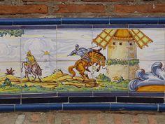 Frase (56) Porque todos tenemos algo de quijotescos, felicidades a Cervantes y a todos los Cervantinos.