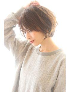 Asian Short Hair, Short Hair With Bangs, Hairstyles With Bangs, Short Hair Cuts, Short Hair Styles, Chin Length Bob, Hair Remedies, Hair Dos, Beauty Hacks