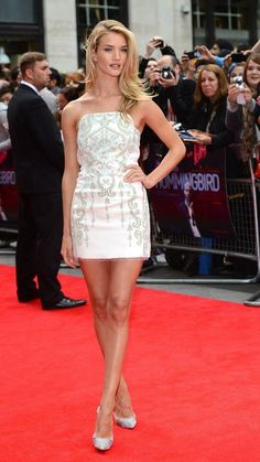Rosie Huntington Whiteley gorgeous in white Emilio Pucci strapless FW13 dress