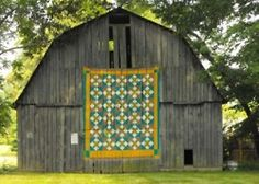 vertical floor : barn quilts : america