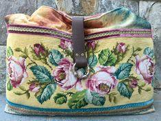 SOLD>>Vintage Needlepoint Roses and Velvet Handbag