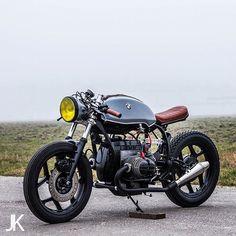 On the Blog: BMW #R80 #caferacer by @arjanvandenboom, shot by @jacksonkunis. ⚡️Link in Profile⚡️